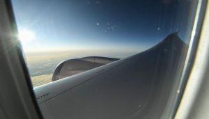 První svítání při letu z Londýna do Sydney. Foto: Qantas