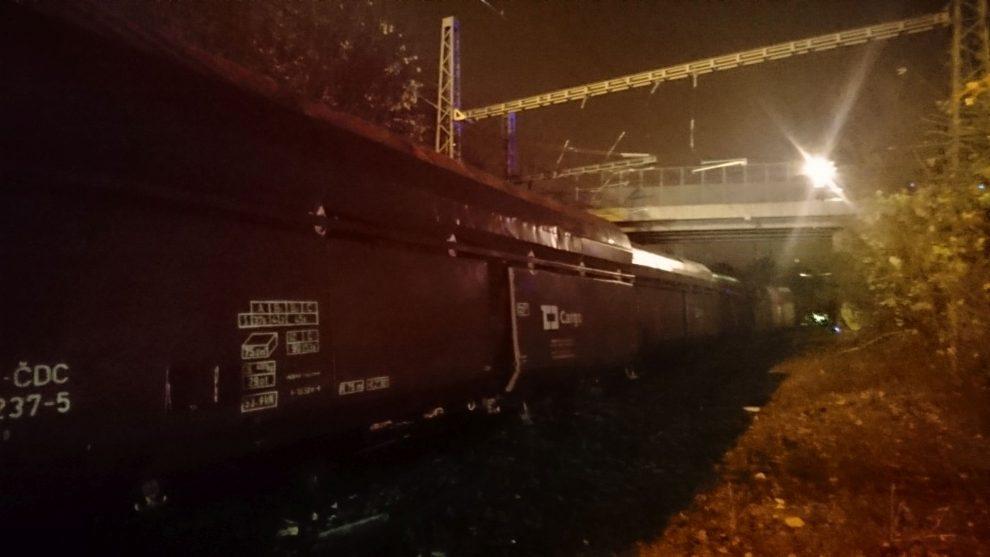 Vykolejení nákladního vlaku v Praze Malešicích. Foto: Drážní inspekce