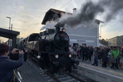 Příjezd prvního osobního vlaku do Židlochovic po 40 letech. Foto: Juraj Kováč
