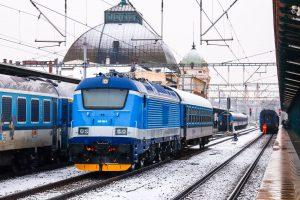 Lokomotiva 380.002 v korporátním nátěru Najbrt. Foto: Radim Bartoň