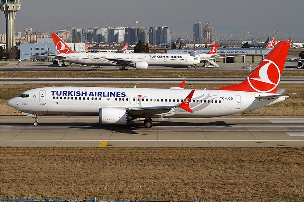 Boeing 737 MAX 8 v barvách Turkish Airlines. Foto: Anna Zvereva / Wikimedia Commons