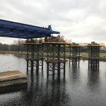 Stavba nového mostu přes Labe Valy - Mělice. Pramen: ŘVC ČR
