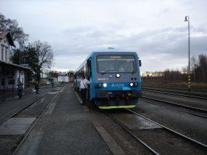 Jednotka 845 Arriva vlaky v Praze - Bubnech. Foto: Lukáš Domorák