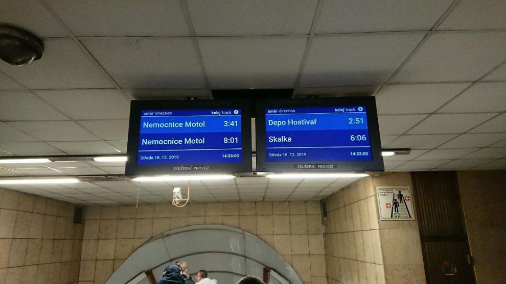 Nové informační obrazovky v metru. Pramen: DPP