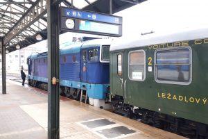 Doprava ve standardu společnosti Arriva vlaky na rychlíku Praha - Tanvald
