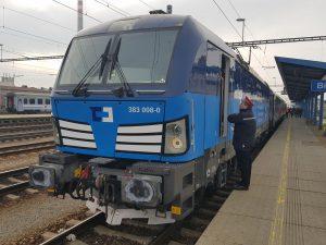 Speciální testovací vlak na 200 km/h táhla lokomotiva Siemens Vectron společnosti ČD Cargo. Foto: Jan Sůra