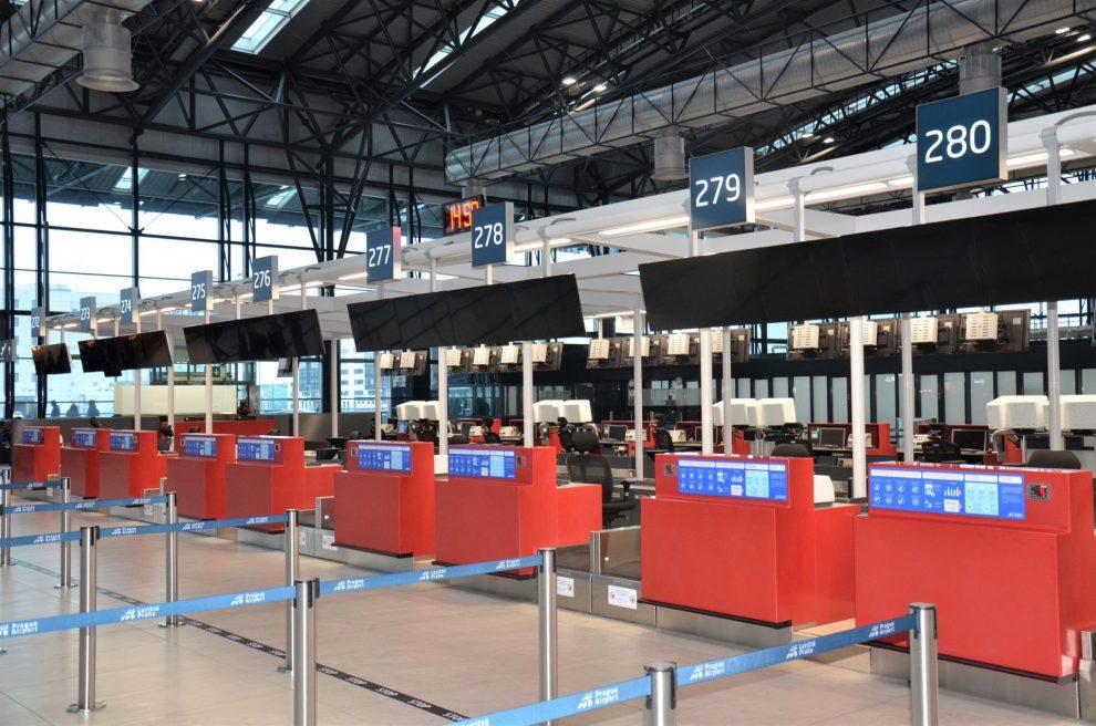 Nové odbavovací přepážky na Terminálu 2 Letiště Václava Havla. Foto: Letiště Praha
