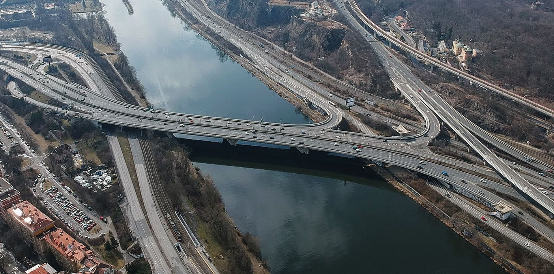 Barrandovský most. Foto: Petr Jedelina