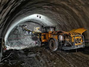 Stavbařům v tunelu Deboreč zbývají poslední metry. Pramen: Správa železnic