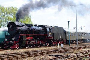 Parní lokomotiva Ol49 ve Wolsztynu, ilustrační foto. By MacQtosh - Praca własna, CC BY-SA 4.0, https://commons.wikimedia.org/w/index.php?curid=48555686