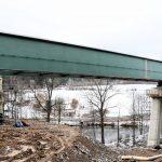 """Most vede do pravostranného oblouku o poloměru 1.400 metrů. Nejširší pole má 50 metrů (pole od """"áčka"""" k prvním sloupovému pilíři). Autor: Správa železnic"""
