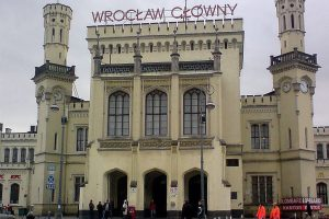 Hlavní nádraží ve Vratislavi. Autor: Michał460 – Vlastní dílo, Volné dílo, https://commons.wikimedia.org/w/index.php?curid=3457247