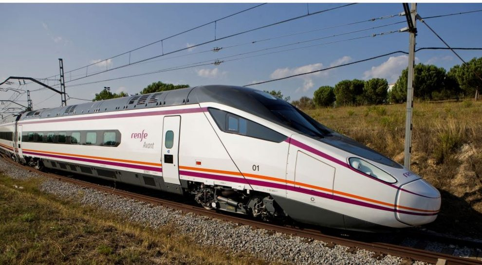 Vysokorychlostní vlak Avant. Foto: Renfe