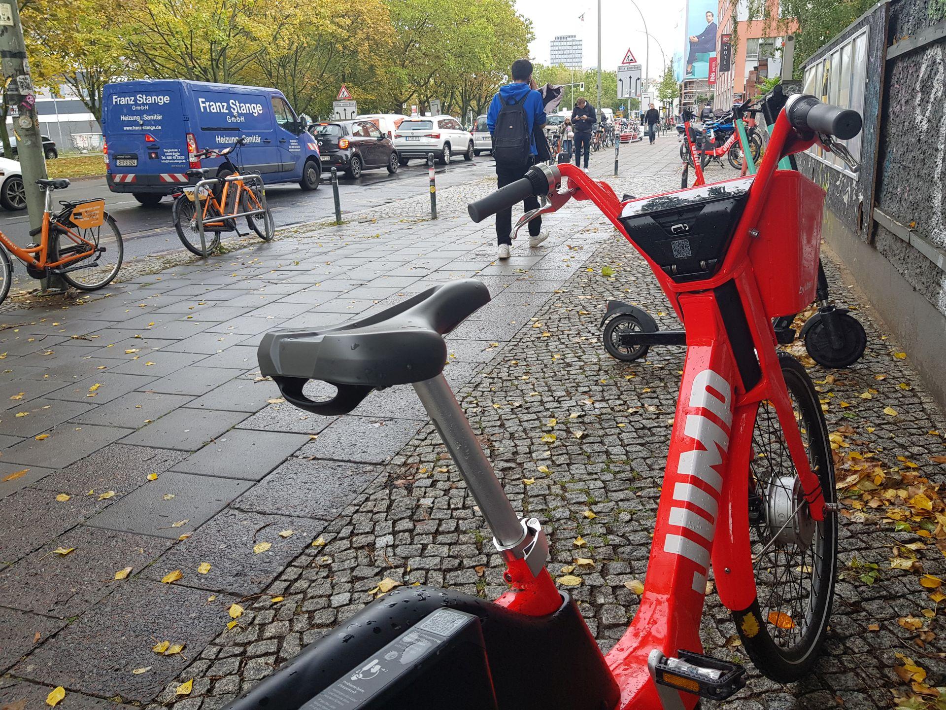 Jízdní kola v Berlíně. Foto: Jan Sůra / Zdopravy.cz