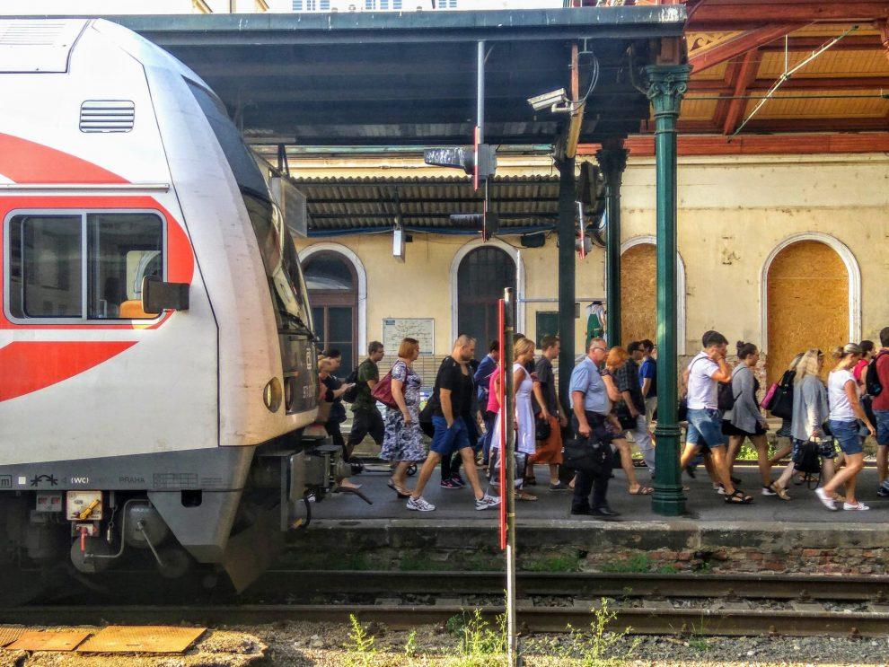 Cestující na Masarykově nádraží. Foto: Jan Sůra