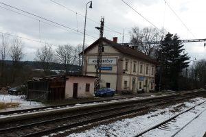 Stanice Heřmaničky na staré trati Praha - ČB. Autor: Zdopravy.cz/Jan Šindelář