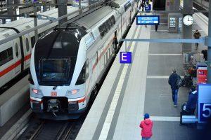 Jednotka Stadler Kiss v barvách DB. Foto: Deutsche Bahn