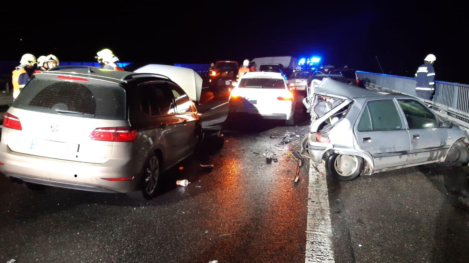 Nehoda na D10 u Příšovic. Foto: HZS Středočeského kraje
