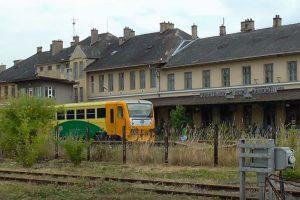Prostějov - místní nádraží. Pramen: Youtube.com