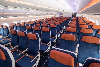 Ekonomická třída v novém A350-900 Aeroflotu. Foto: Flyrosta.com