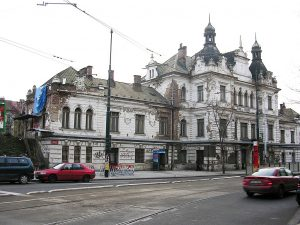 Nádraží Vyšehrad. Autor: cs:ŠJů – Fotografie je vlastním dílem, CC BY-SA 3.0, https://commons.wikimedia.org/w/index.php?curid=3645544