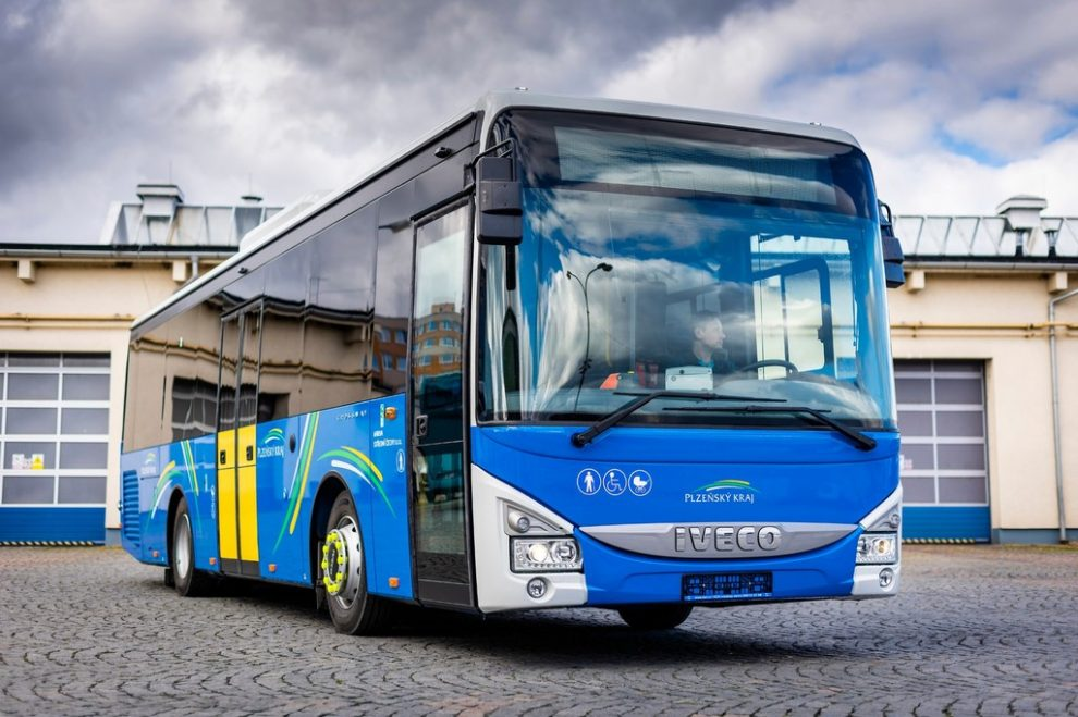 Autobus Iveco Crossway (145 ks). Pramen: Arriva
