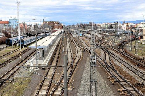 Olomouc hlavní nádraží, pohled směrem k Uničovu. Pramen: Správa železnic