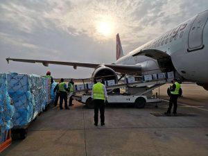 Nakládka A319 Českých aerolinií v Šanghaji. Foto: ČSA