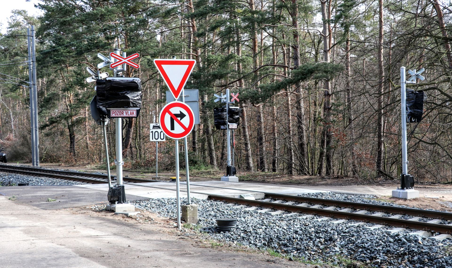 Rekonstrukce přejezdů na trati Poříčany - Nymburk. Foto: Správa železnic