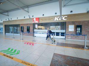 Vládní zákaz provozu se týká  i provozoven rychlého občerstvení. Foto: Rosťa Kopecký / FlyRosta.com