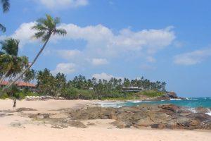 Prázdné pláže na Srí Lance