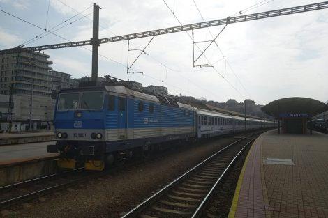 Evakuační vlak z Prahy na polsko-ukrajinské hranice. Foto: Bohumil Škoda