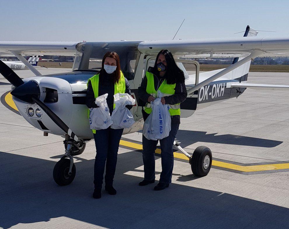 Cessna 150 jako zásobovací letadlo. Pramen: Letiště České Budějovice