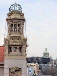 Fantova budova, opera, federální shromáždění, kupole Národního muzea. Pramen: FB Správa železnic