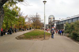 Vrchlického sady, prostor před hlavním nádražím. Pramen: IPR Praha