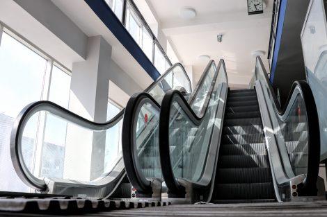 Nové eskalátory - Ostrava hl.n. Pramen: Správa železnic