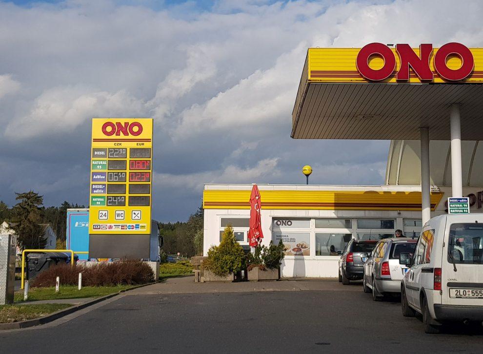 Čerpací stanice Tank ONO v Sukoradech. Foto: Zdopravy.cz / Jan Sůra