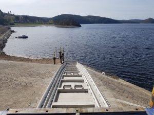 Nově prodloužená dráha výtahu na Orlíku v horní vodě. Pramen: Metrostav a.s.