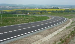 Nová přeložka silnice II/230 u Stříbra. Foto: SÚS PK