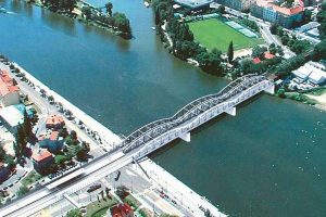 Jedna ze zvažovaných variant v minulých letech: most dvojče. Pramen: Správa železnic
