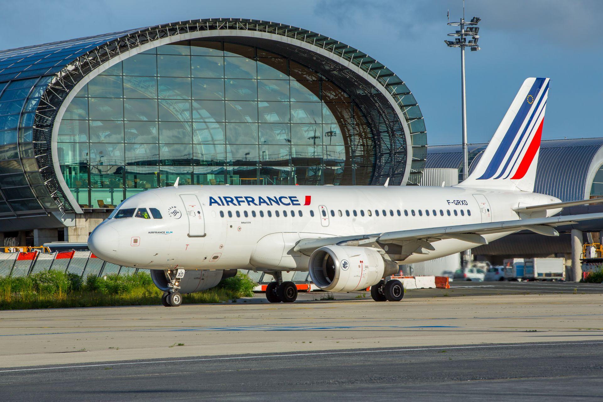 Airbus A319 v barvách Air France v Paříži. Foto: Air France