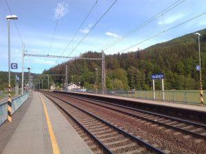 Označení sektorů ve stanici Hoštejn.