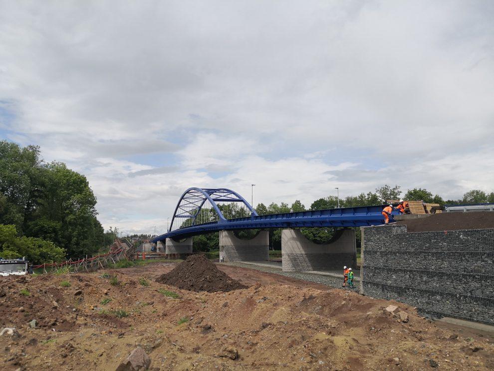 Nový most přes Labe mezi obcemi Valy a Mělice. Pramen: ŘVC