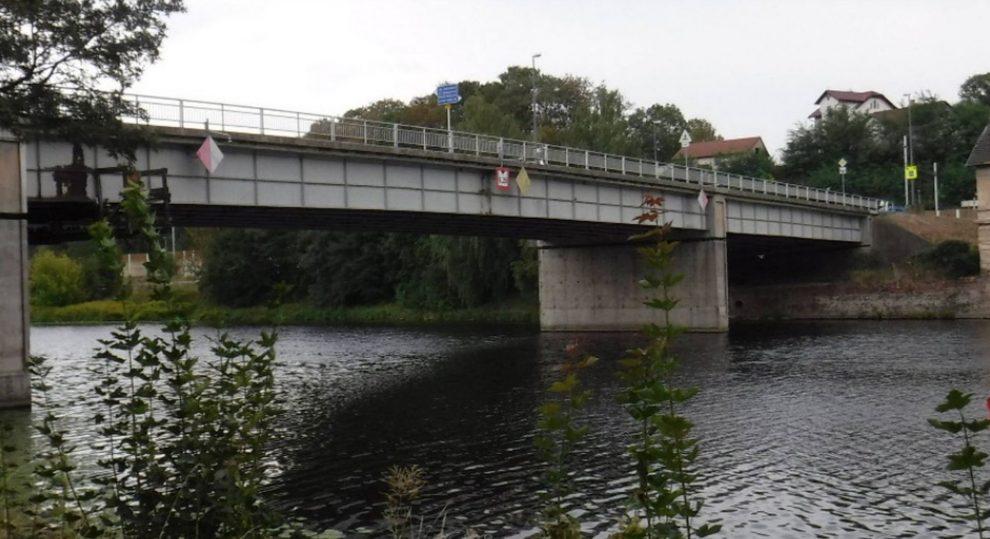 Most přes Labe v Týnci nad Labem. Foto: Středočeský kraj