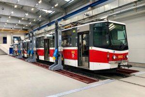 Nová opravárenská hala pro tramvaje DPP. Foto: Daniel Šabík / DPP