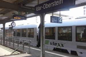 Vlak společnosti Vlexx v Porýní-Falci. By Nuckmann - Own work, CC BY-SA 4.0, https://commons.wikimedia.org/w/index.php?curid=55733891