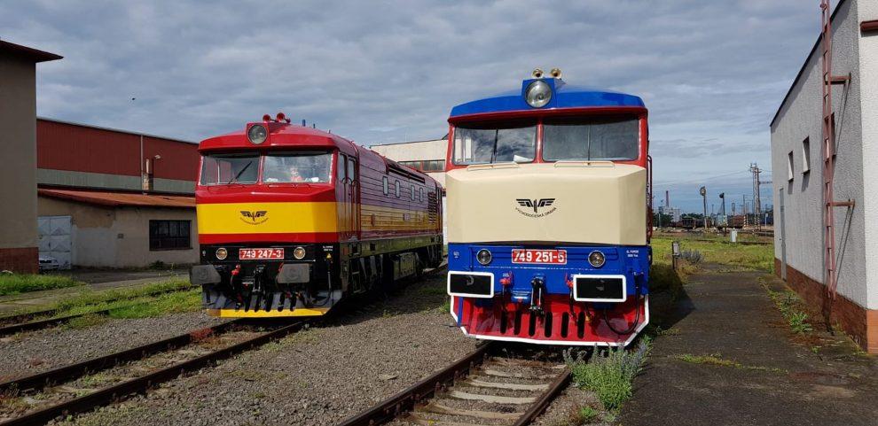 Lokomotivy 749.247 a 749.251 po opravě. Foto: Východočeská dráha