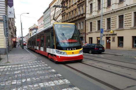 Tramvaje v Seifertově ulici v Praze na Žižkově. Autor: Zdopravy.cz/Jan Šindelář