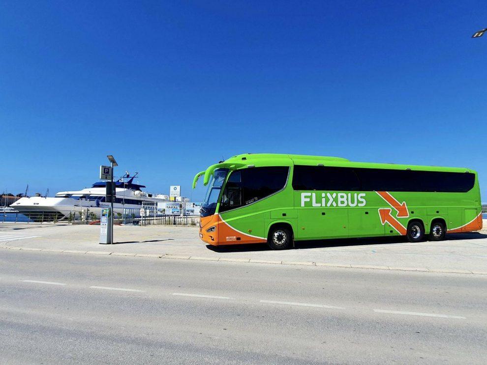 Autobus FlixBusu v Pule. Foto: FlixBus