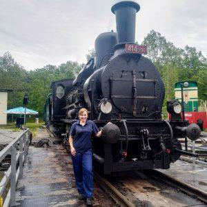 Strojvedoucí Katarzyna Renata Martečíková a lokomotiva Heligón. Pramen: Archiv Katarzyny Renaty Martečíkové